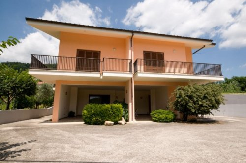 Дом в Чивителла-дель-Тронто