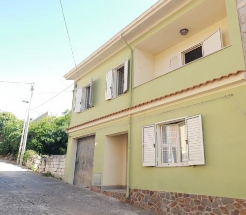 Detached house in Scano di Montiferro