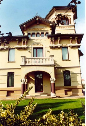 Haus in Voghera