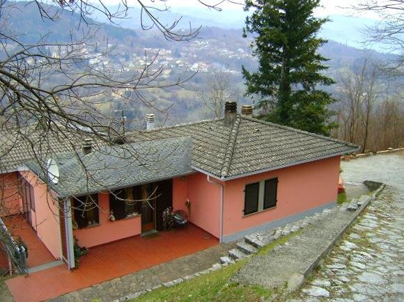 Haus in Camporgiano