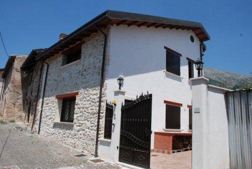 House in Massa d'Albe