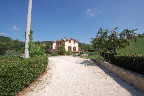 Villa in Smerillo