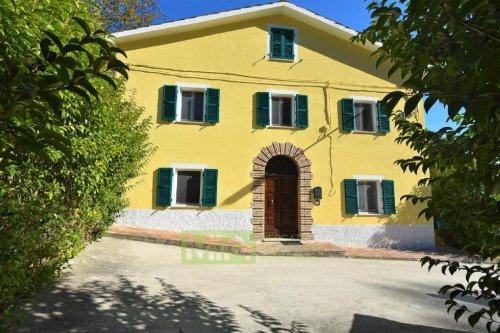 Casa indipendente a San Ginesio