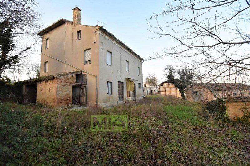 Bauernhaus in Servigliano