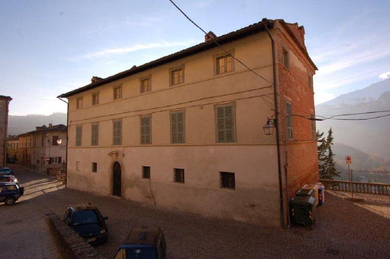 Villa in Montefortino