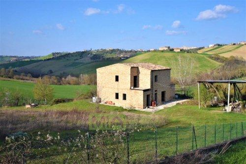 Bauernhaus in Rapagnano