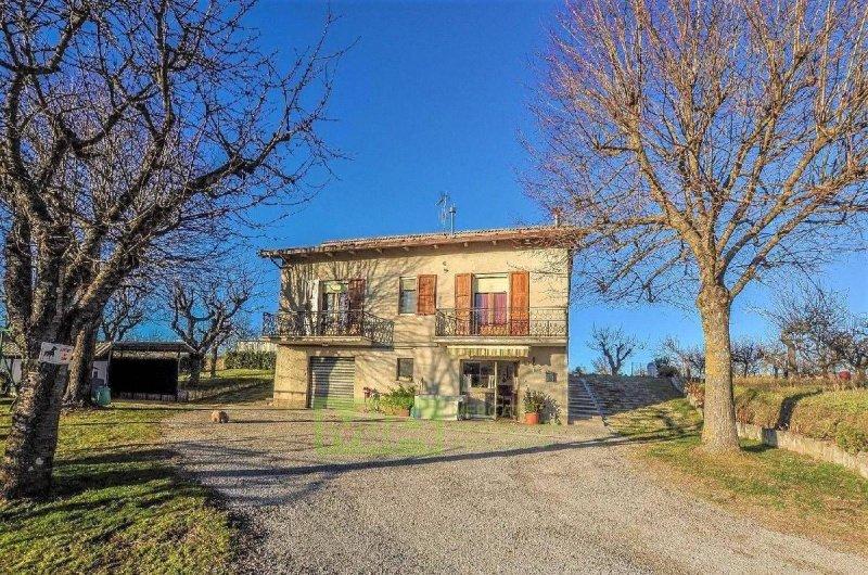 Casa independiente en Comunanza