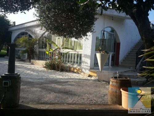 Villa a Carovigno