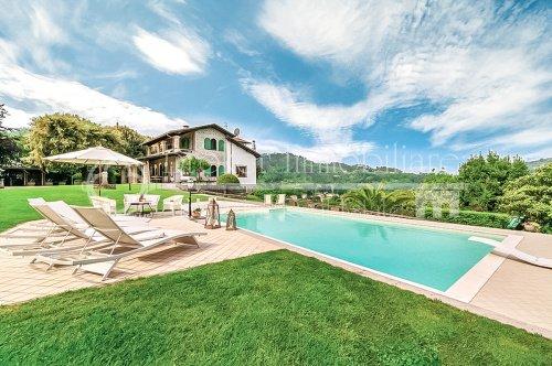 Villa i Camaiore
