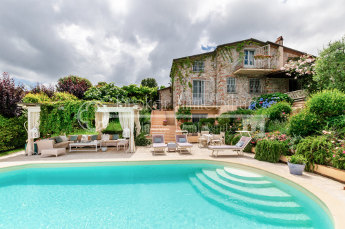 Villa en Massarosa