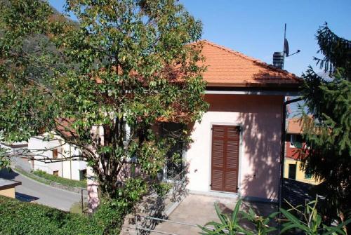 Apartment in Argegno