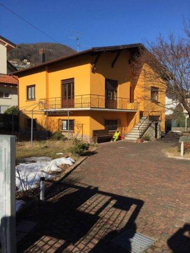 Villa i Lavena Ponte Tresa