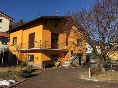 Villa in Lavena Ponte Tresa
