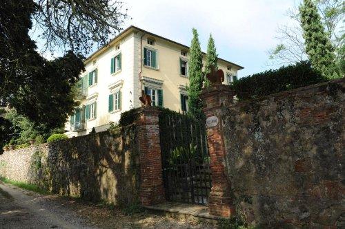 Hus i Camaiore