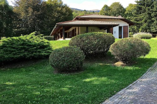 House in Schignano