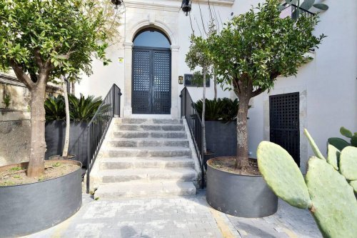 Apartment in Noto