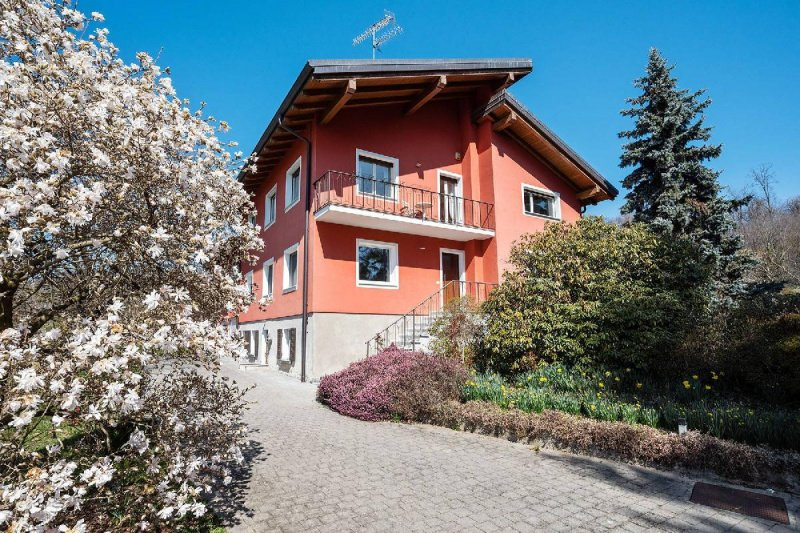 Casa em Bolzano Novarese