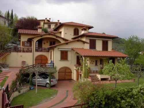 Дом в Понтассьеве