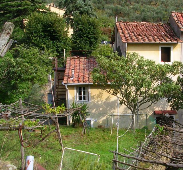 Casa en Calci