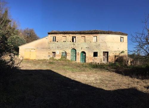 Сельскохозяйственная ферма в Понцано-ди-Фермо