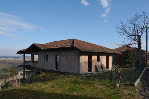 Country house in Montegrosso d'Asti