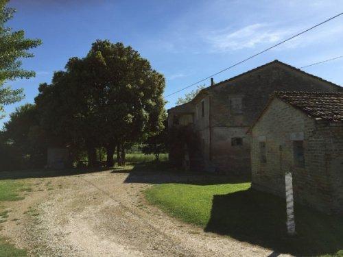 Klein huisje op het platteland in Monte Porzio