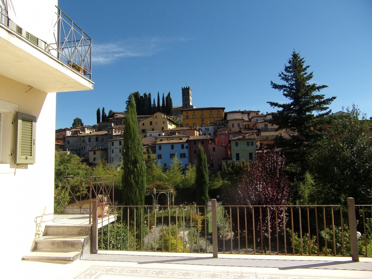 Villa in Barga