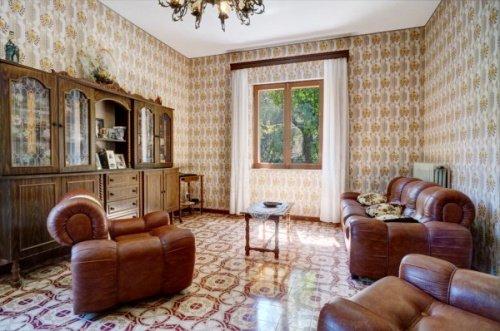 Отдельно стоящий дом в Арпино
