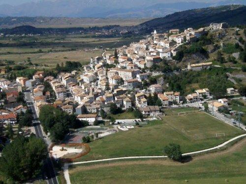 Historisch appartement in Rocca di Mezzo