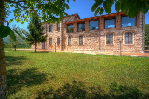 Отдельно стоящий дом в Канталупо-нель-Саннио