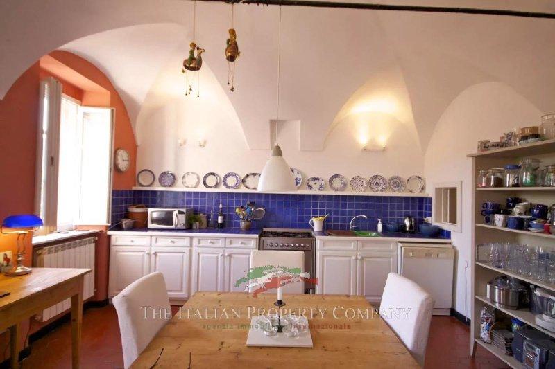 Historisches Haus in Prelà