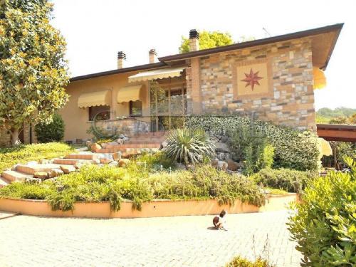 Villa in Soiano del Lago