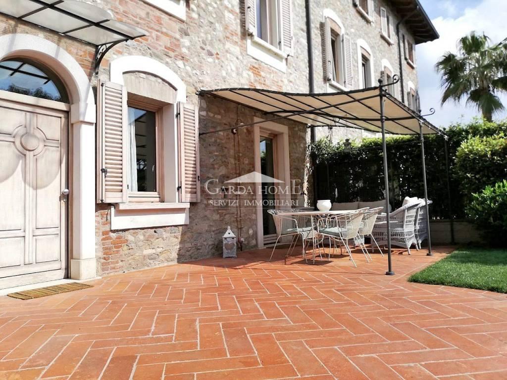 Villa a Desenzano del Garda