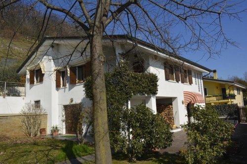 Casa en Caprino Veronese