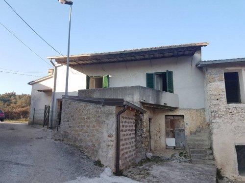 Doppelhaushälfte in Rocca d'Arce