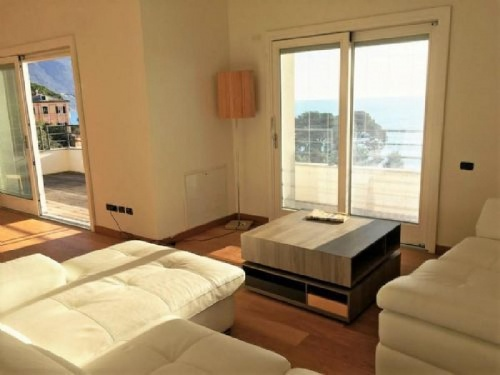 Wohnung in Recco