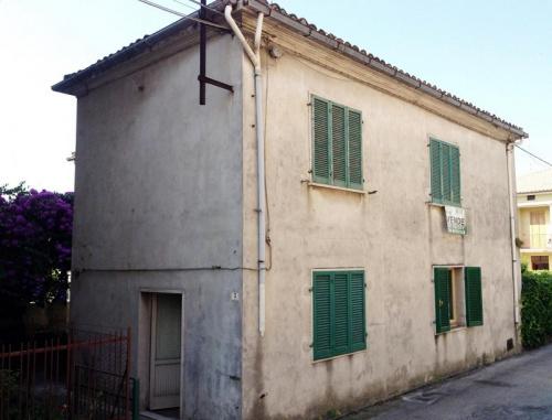 Historiskt hus i Martinsicuro