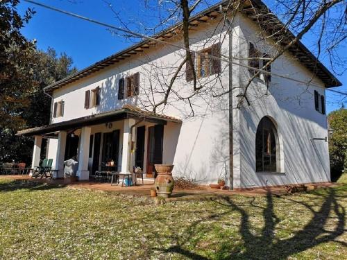 Отдельно стоящий дом в Фучеккьо