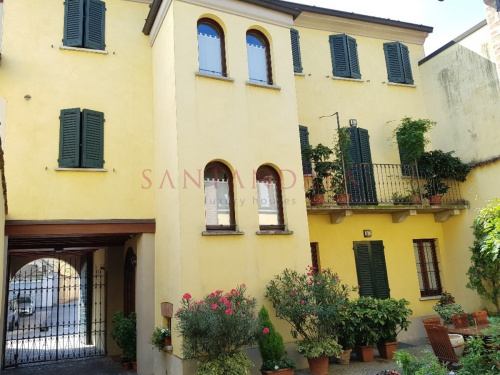 Detached house in Crema