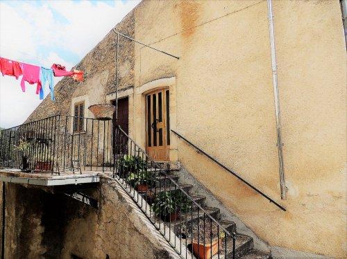 Vrijstaande woning in San Benedetto in Perillis