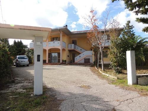 Многоквартирный дом в Нотареско