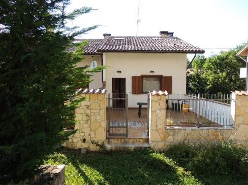 Maison mitoyenne à Sant'Eufemia a Maiella