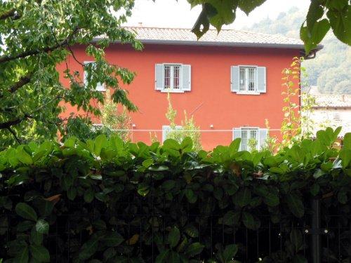 Detached house in Longone al Segrino