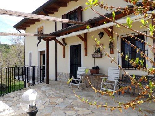 圣埃乌费米亚阿马伊埃拉独栋房屋