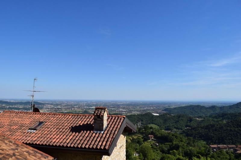Haus in Almenno San Bartolomeo