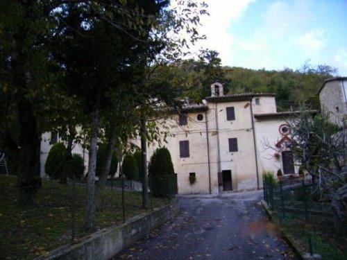Demeure historique à Pieve Torina