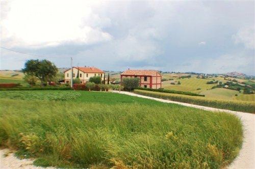 Casa di campagna a Cingoli