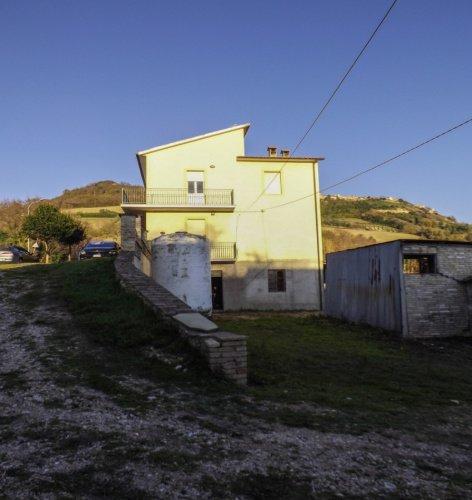 Casa indipendente a Monterubbiano
