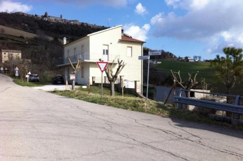 Villa i Monterubbiano