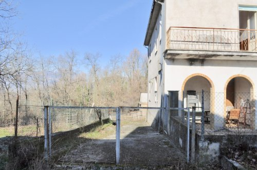 Maison jumelée à Posta Fibreno